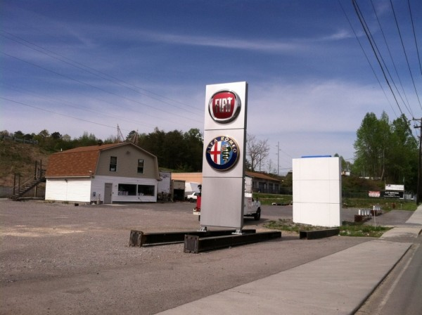 Le premier concession Alfa Romeo s'annonce - Harper