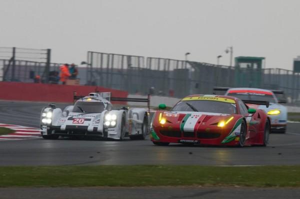 Porsche-Ferrari-WEC-Silverstone
