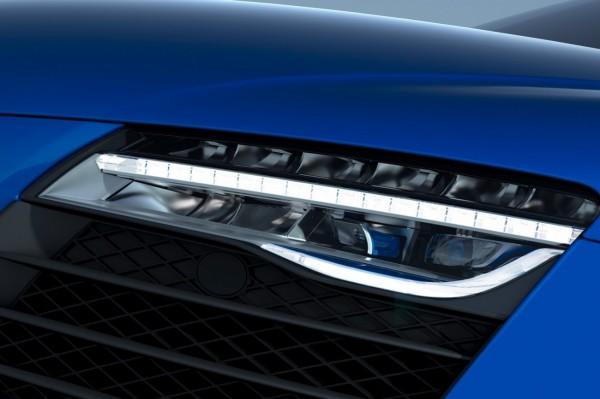 Audi-R8-LMX-15