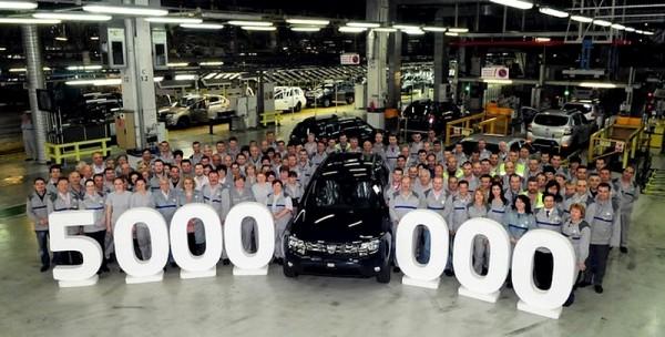 Dacia  - 5 millions de voitures en Roumanie