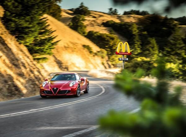Alfa_Romeo-4C_Spec USA.0