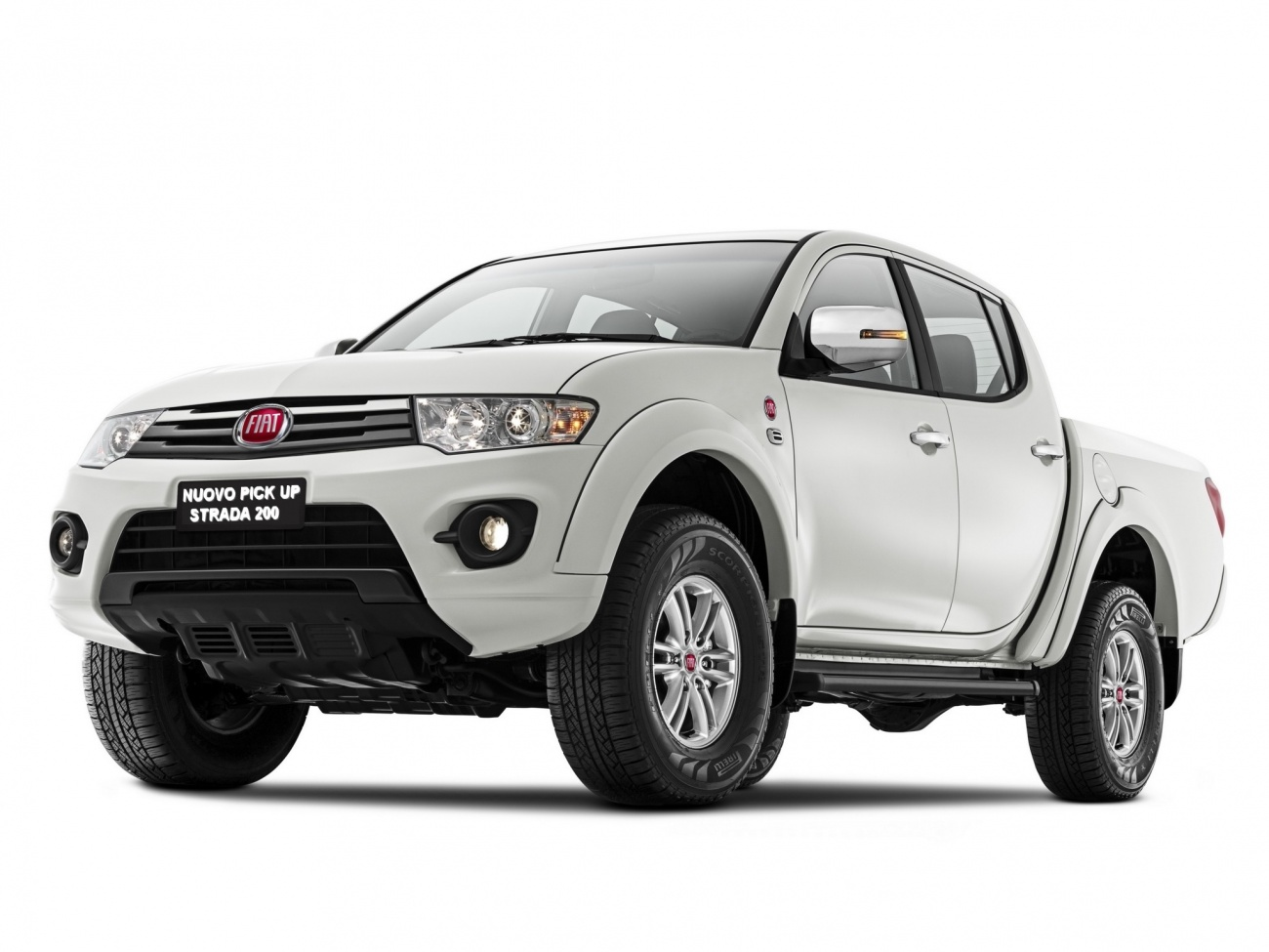 un pick up Fiat sur base de Mitsubishi L200