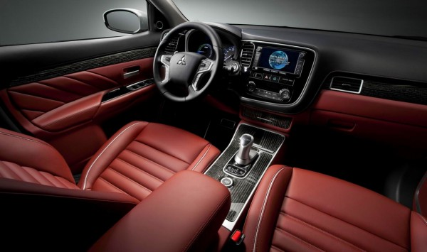Mitsubishi Outlander PHEV Concept S.2