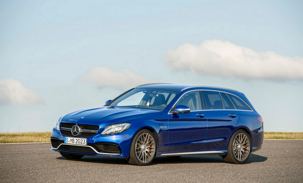 New mercedes benz c63 amg presentation and gallery for How much is a mercedes benz c63 amg