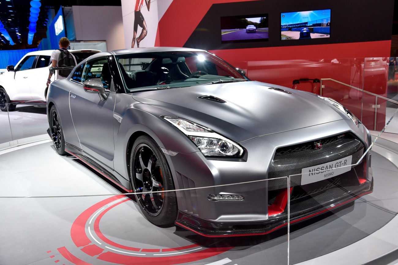 nissan gt r nismo blog automobile. Black Bedroom Furniture Sets. Home Design Ideas
