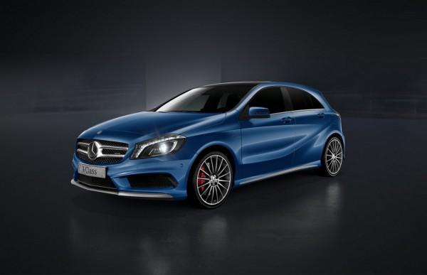 Mercedes Benz Classe A 45 AMG Bleu des mers du sud métallisé