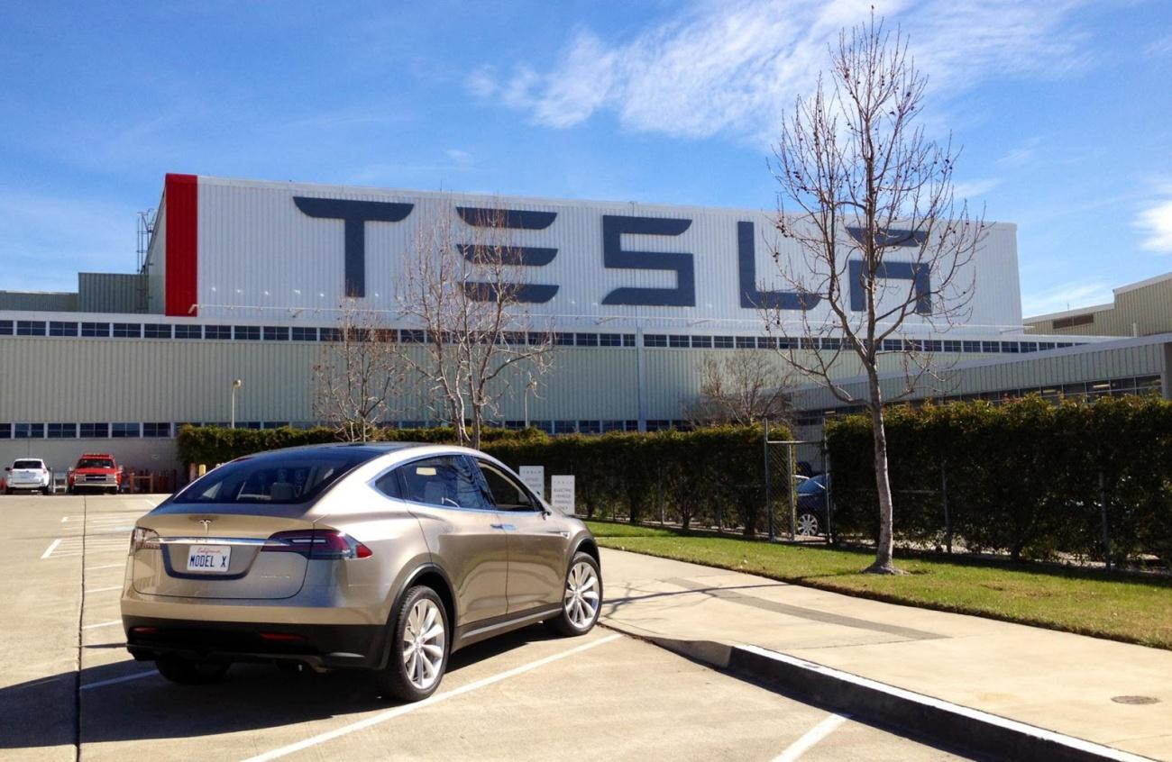 Tesla motors le plein d 39 lectricit euh non d 39 infos for Tesla motors palo alto