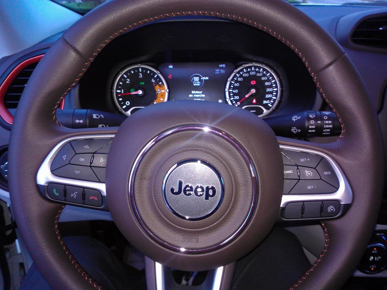 essai jeep renegade piccolo rinnegato or true rebel blog automobile. Black Bedroom Furniture Sets. Home Design Ideas