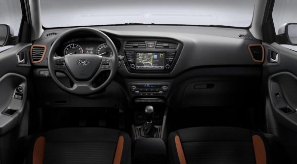 Hyundai i20 coupe.6