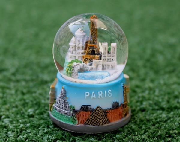 Paris sous une bulle grace à Anne Hidalgo