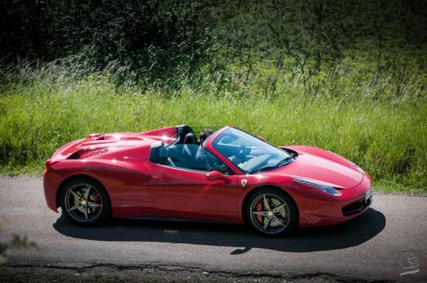 Ferrari_458_Italia_Spider