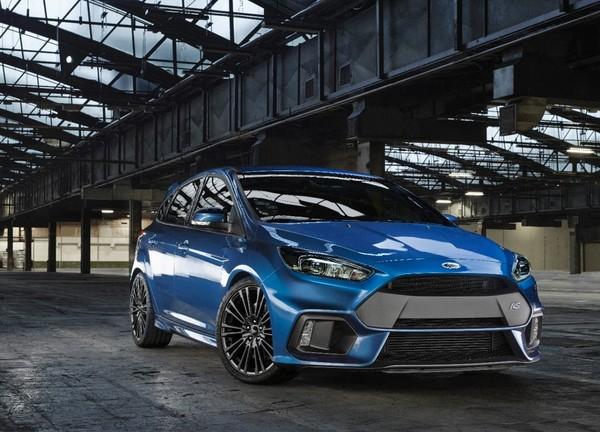 S7-Geneve-2015-voici-la-nouvelle-Ford-Focus-RS-officiellement-a-4-roues-motrices-343908