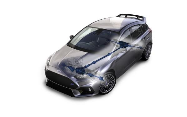 S7-Geneve-2015-voici-la-nouvelle-Ford-Focus-RS-officiellement-a-4-roues-motrices-343911
