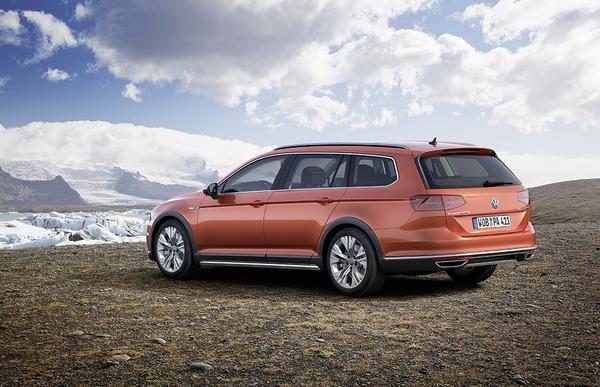 S7-Salon-de-Geneve-2015-Volkswagen-Passat-Alltrack-la-rurale-345575