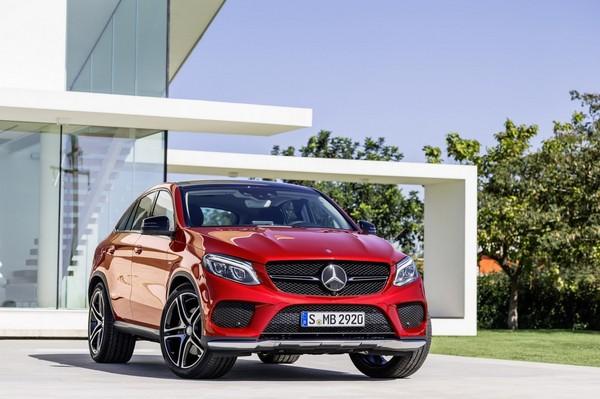 S7-Toutes-les-nouveautes-du-salon-de-Geneve-Mercedes-GLE-Coupe-le-BMW-X6-n-est-plus-seul-344768