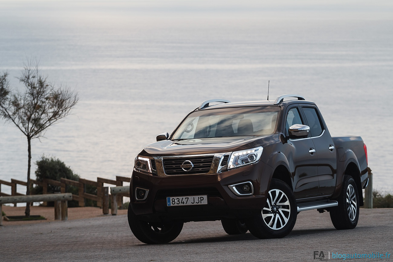nissan navara occasion toutes les annonces nissan navara. Black Bedroom Furniture Sets. Home Design Ideas
