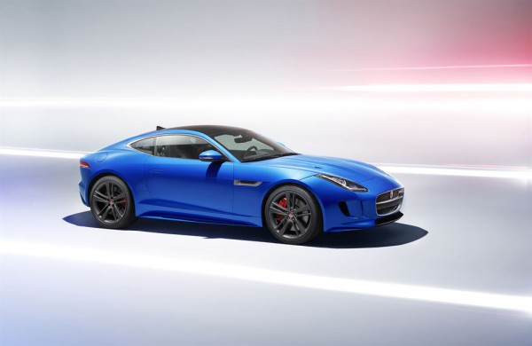 Jag_FTYPE_BDE_Studio_Image_050116_03_LowRes