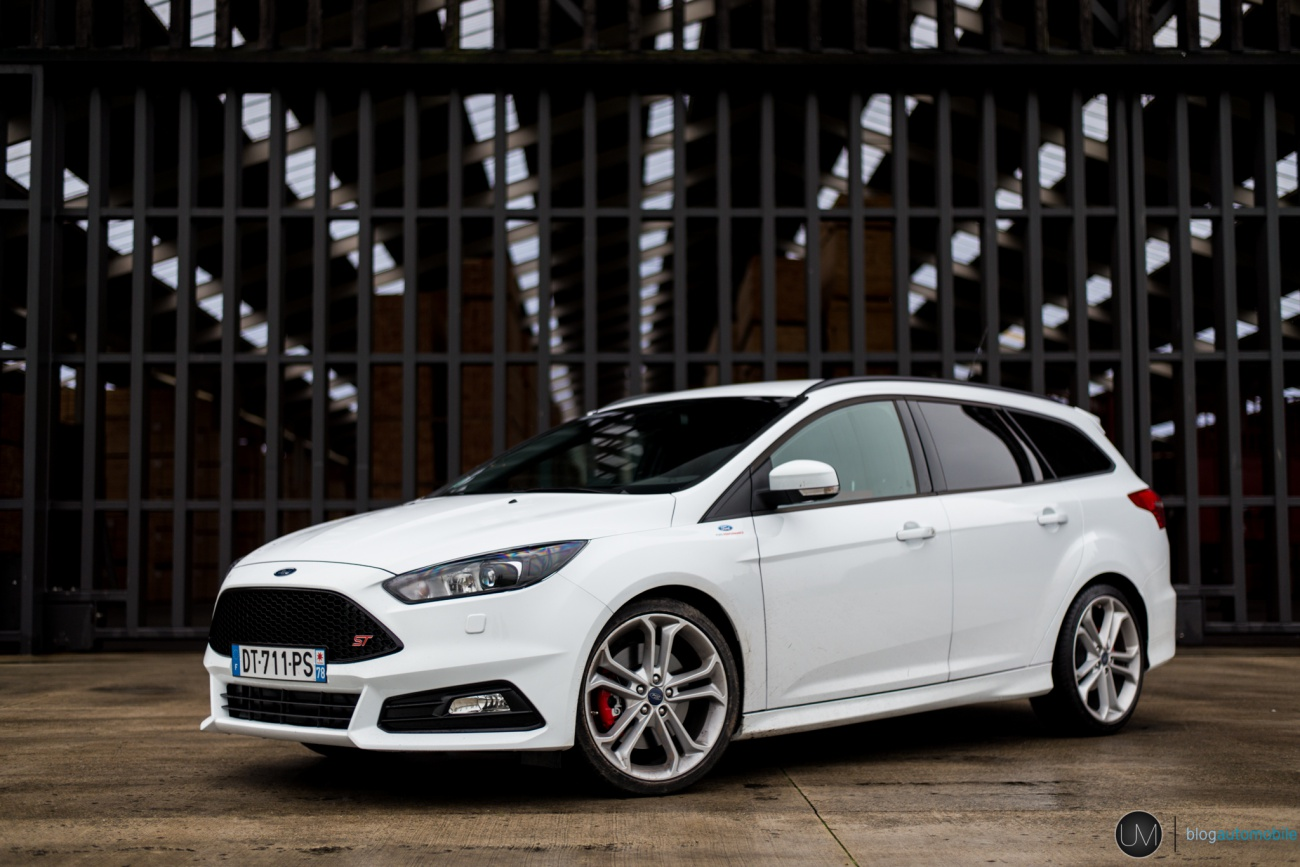 essai ford focus st sw tdci le break en survet blog automobile. Black Bedroom Furniture Sets. Home Design Ideas