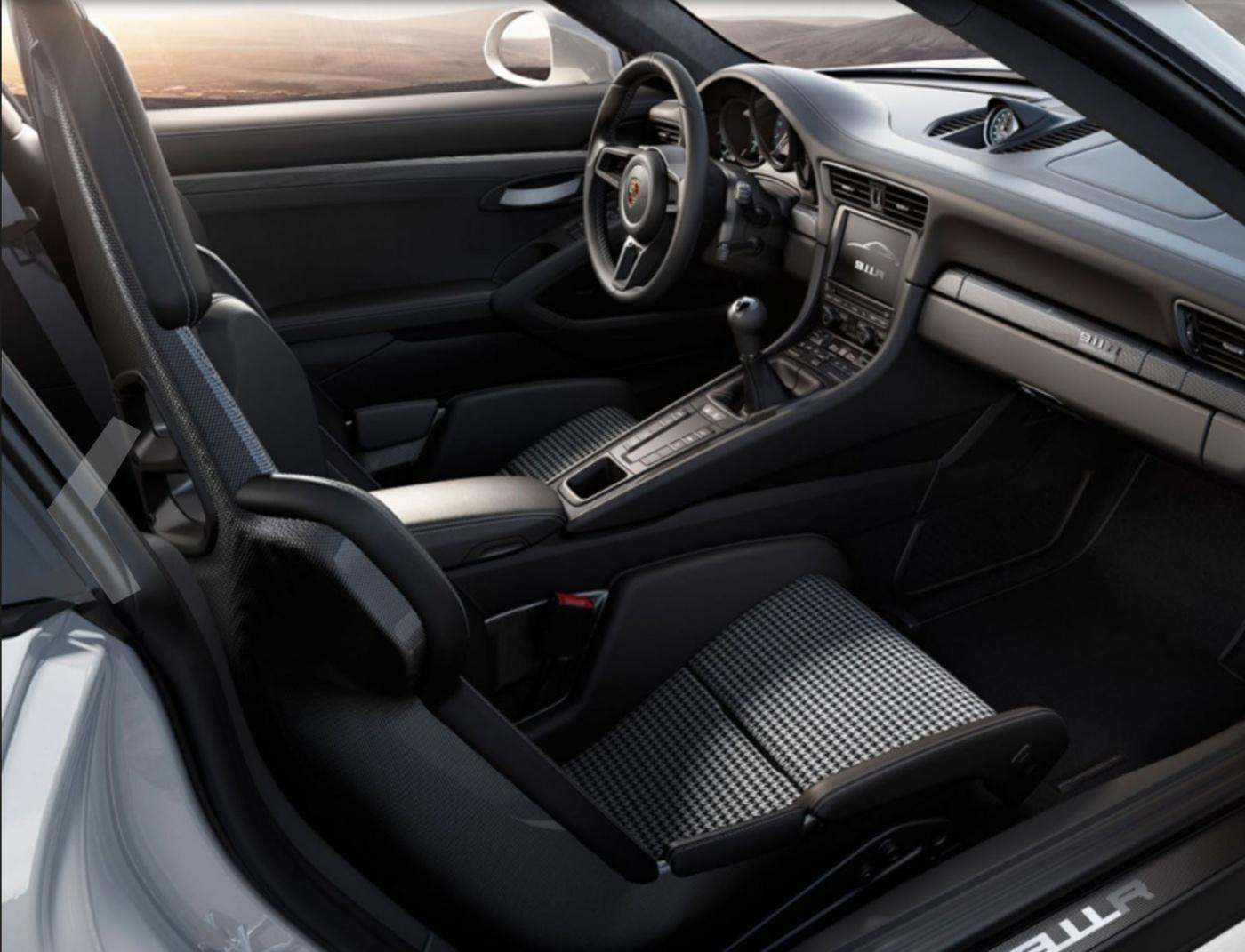 911R - 03