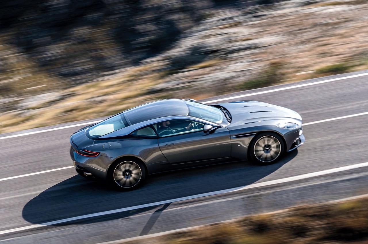 Aston Martin Db11 Rien Que Pour Vos Yeux Blog Automobile