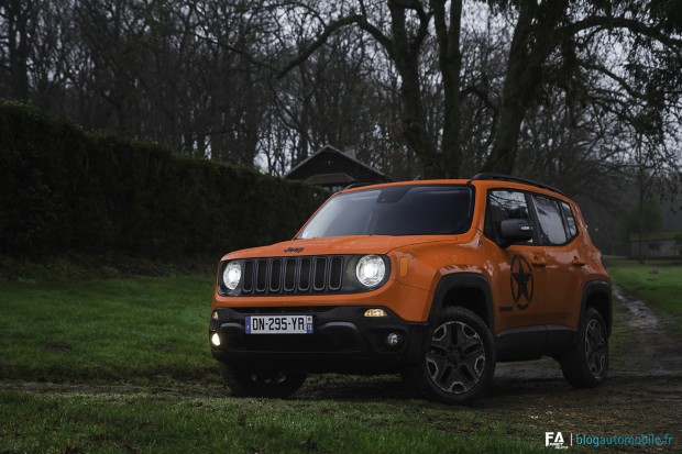 essai jeep renegade trailhawk et cherokee trailhawk fr res d 39 armes blog automobile. Black Bedroom Furniture Sets. Home Design Ideas