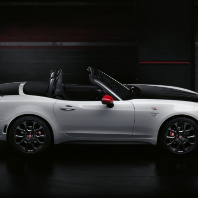 gen ve 2016 abarth pimente la 124 spider blog automobile. Black Bedroom Furniture Sets. Home Design Ideas