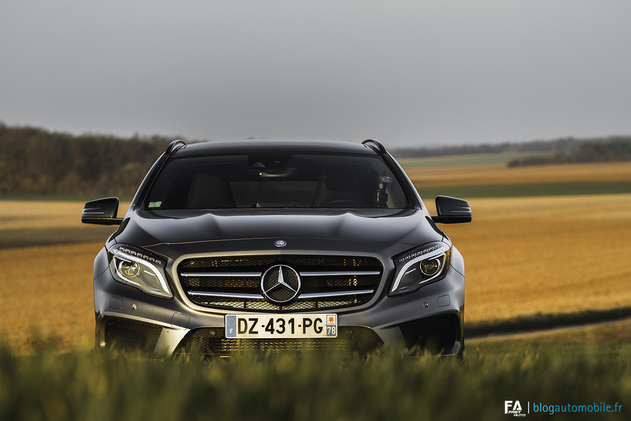 Etoile  Mercedes Benz