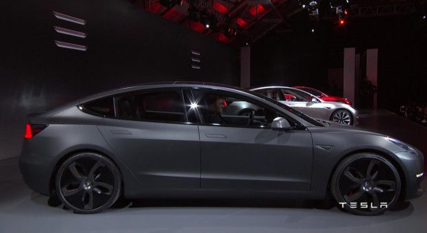 Tesla-Model-3-34