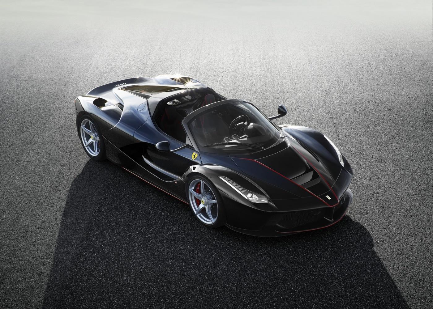 La Ferrari Spider - 01