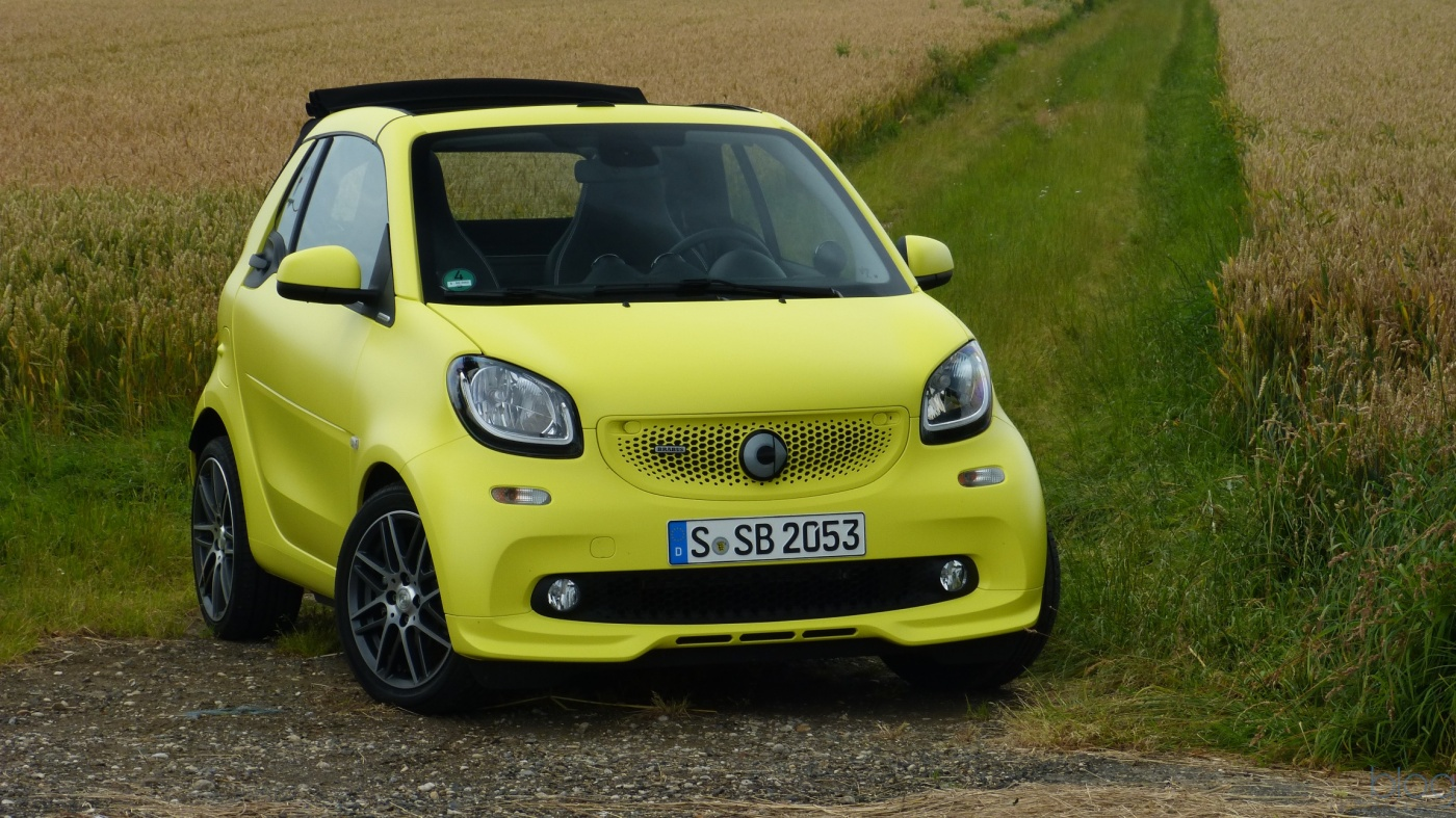 essai smart fortwo brabus un achat n cessaire blog automobile. Black Bedroom Furniture Sets. Home Design Ideas