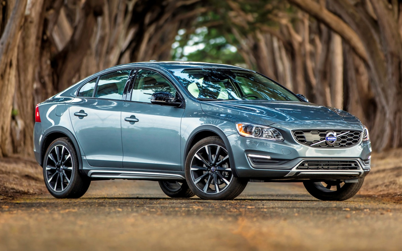 2016-volvo-s60-cross
