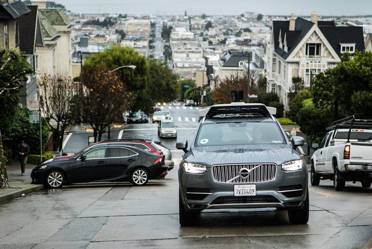 Uber retire ses voitures 'autonomes' du trafic après le retrait des licences