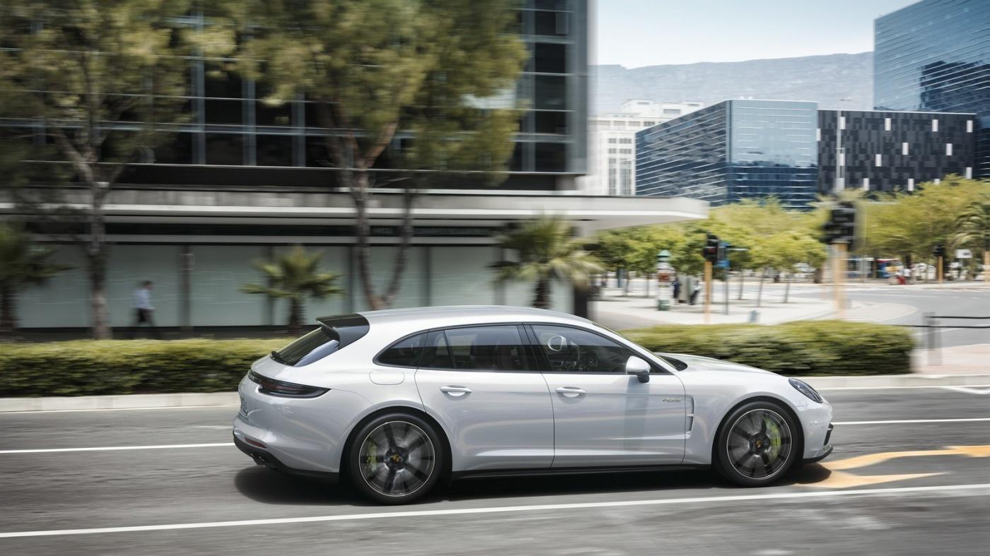 Une version familiale pour la Porsche Panamera — Sport Turismo