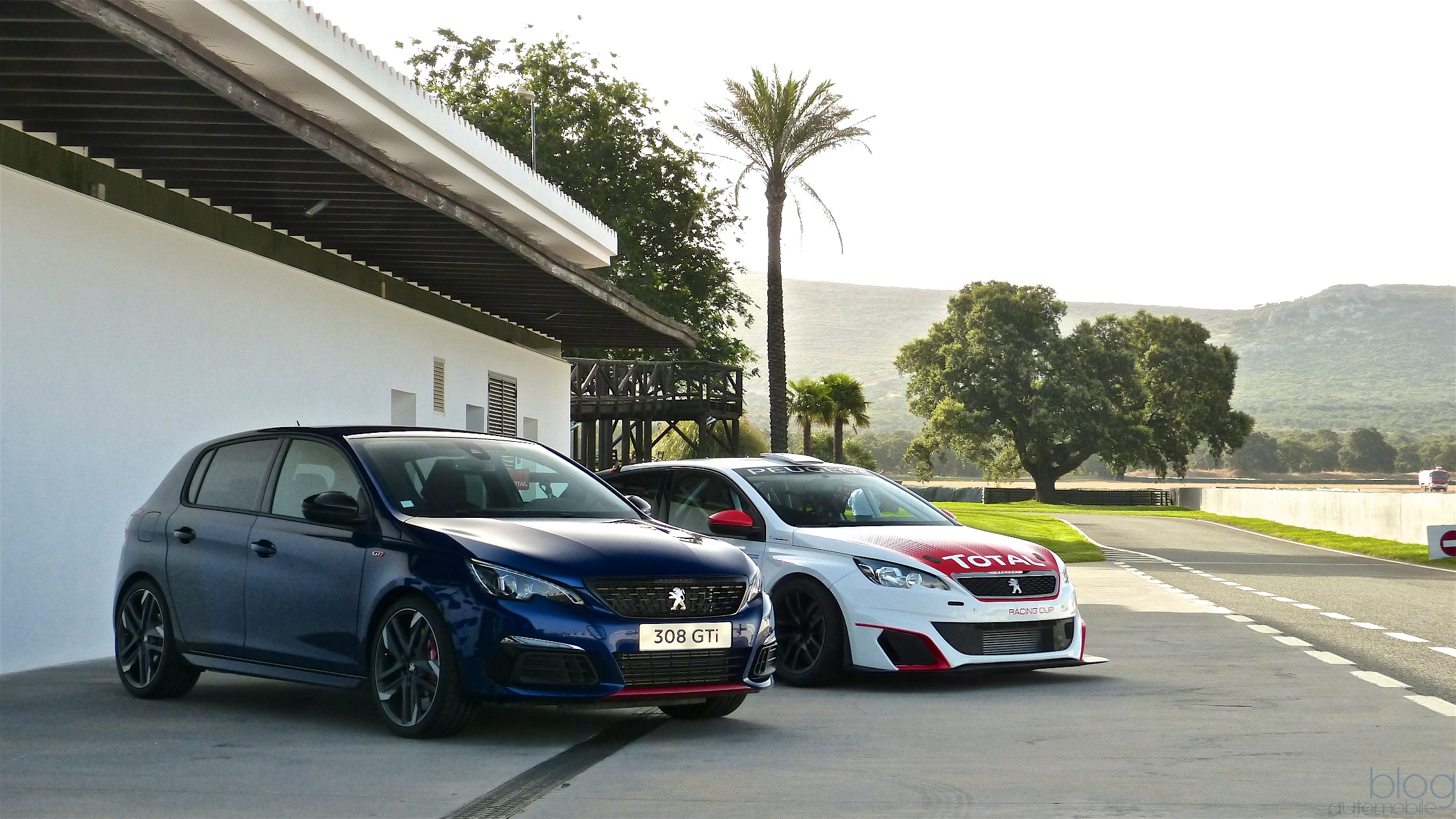 essai peugeot 308 gti facelift 308 racing cup sport tous les tages. Black Bedroom Furniture Sets. Home Design Ideas