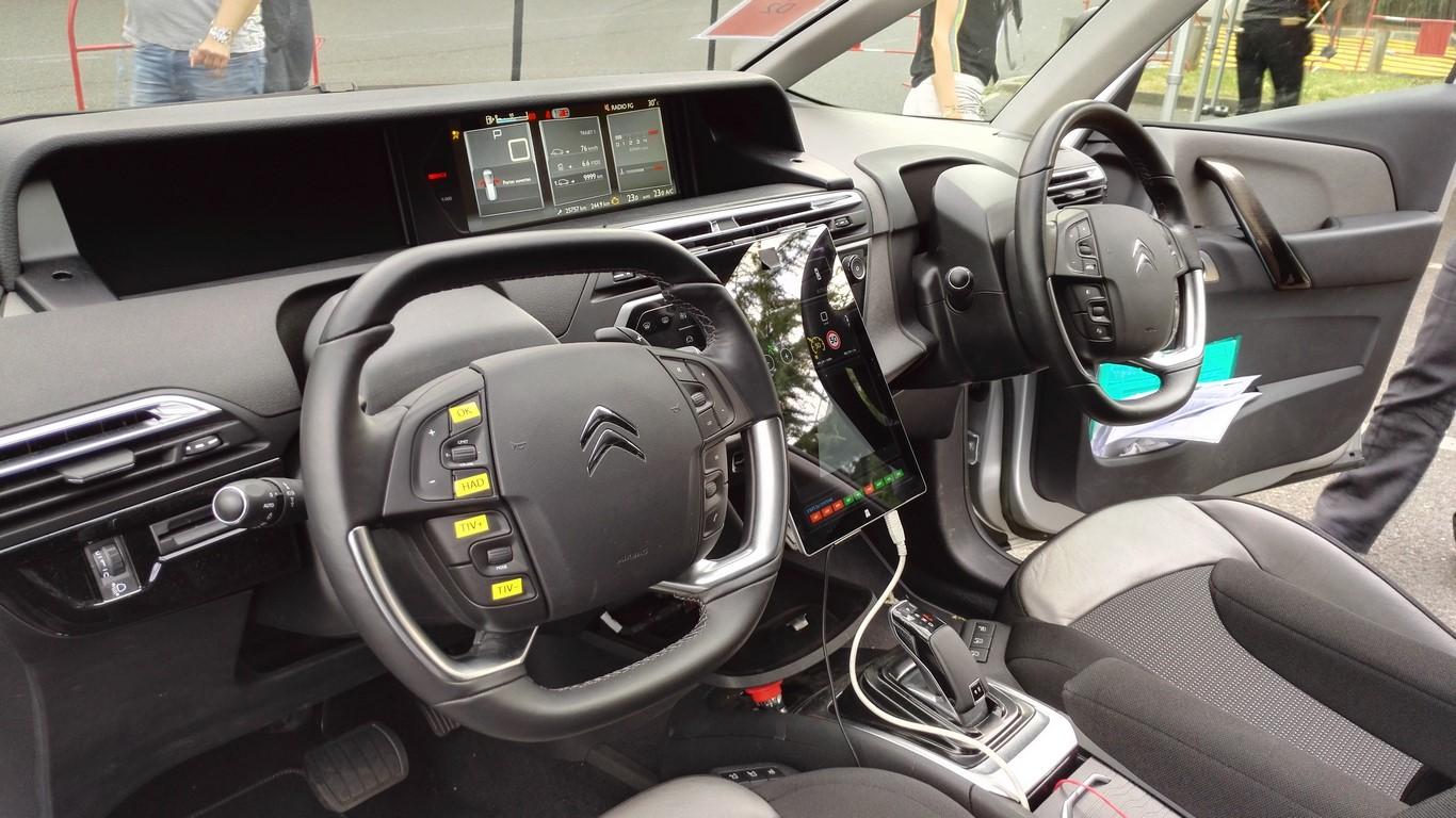 j ai conduit la voiture autonome psa blog automobile. Black Bedroom Furniture Sets. Home Design Ideas