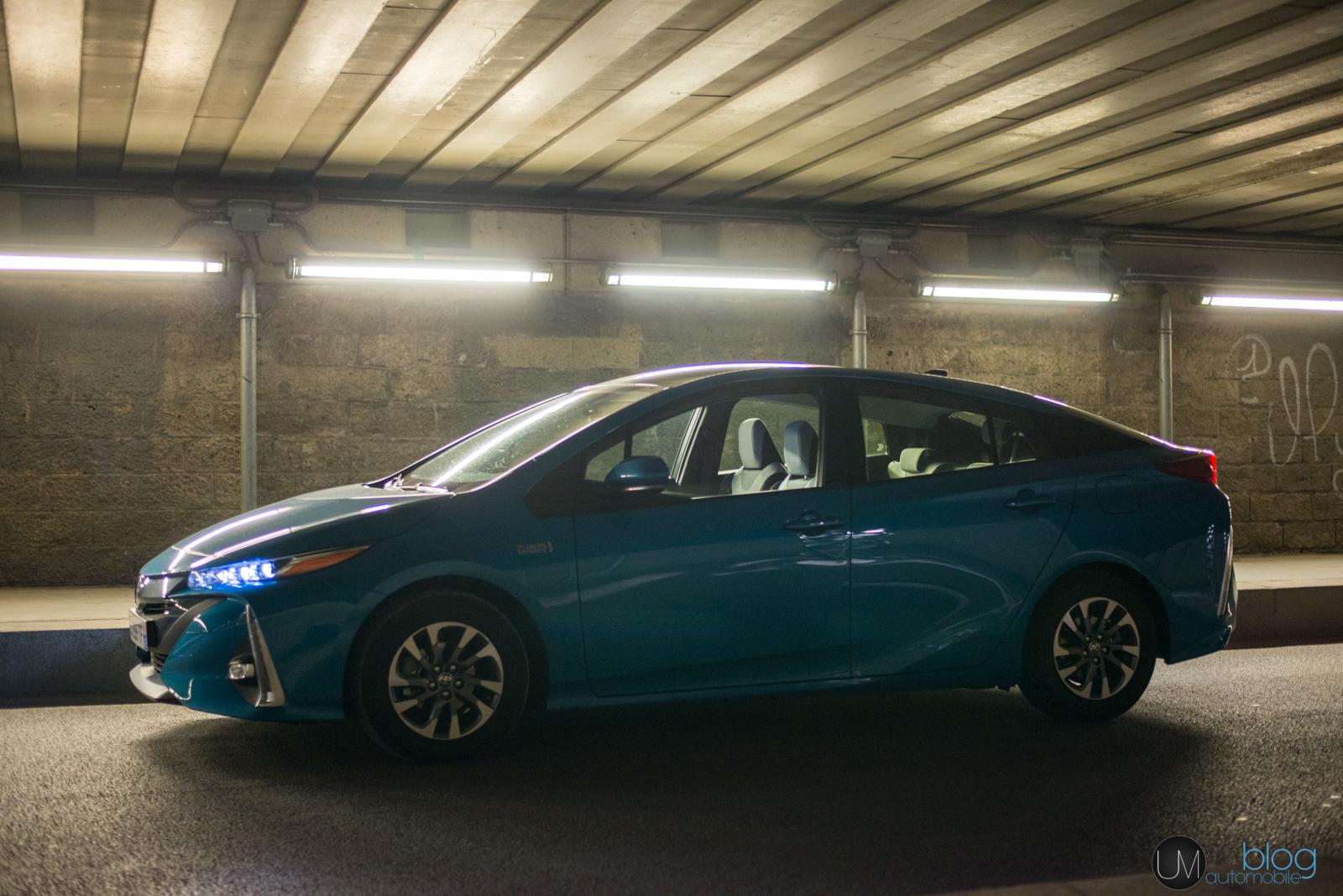 une semaine en toyota prius hybride rechargeable blog automobile. Black Bedroom Furniture Sets. Home Design Ideas