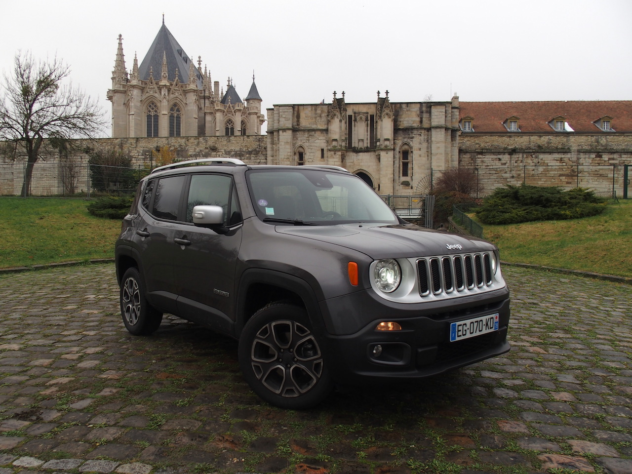 essai jeep renegade 1 4 multiair 170 bva9 le bouillant cube blog automobile. Black Bedroom Furniture Sets. Home Design Ideas
