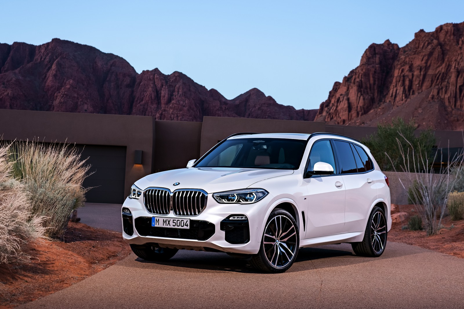 nouvelle bmw x5 chamboule tout blog automobile. Black Bedroom Furniture Sets. Home Design Ideas
